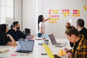 Servant Leadership people meeting, collaboration